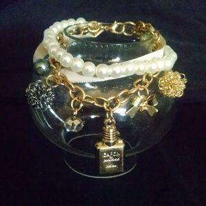 Jewelry - Bow Bottle Ribbon Rhinestones Charm Bracelet